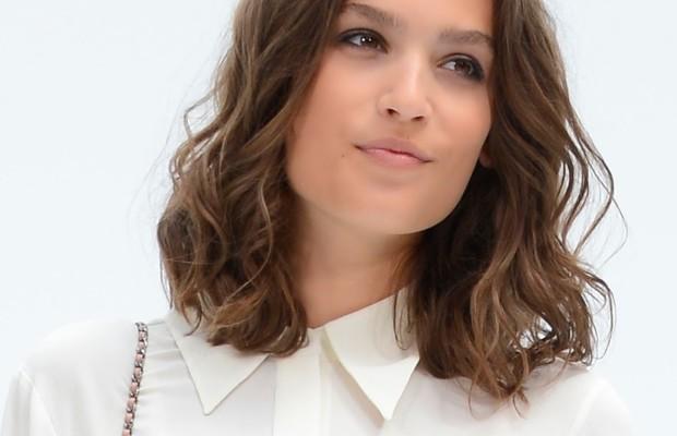 Alma Jodorowsky (close up)