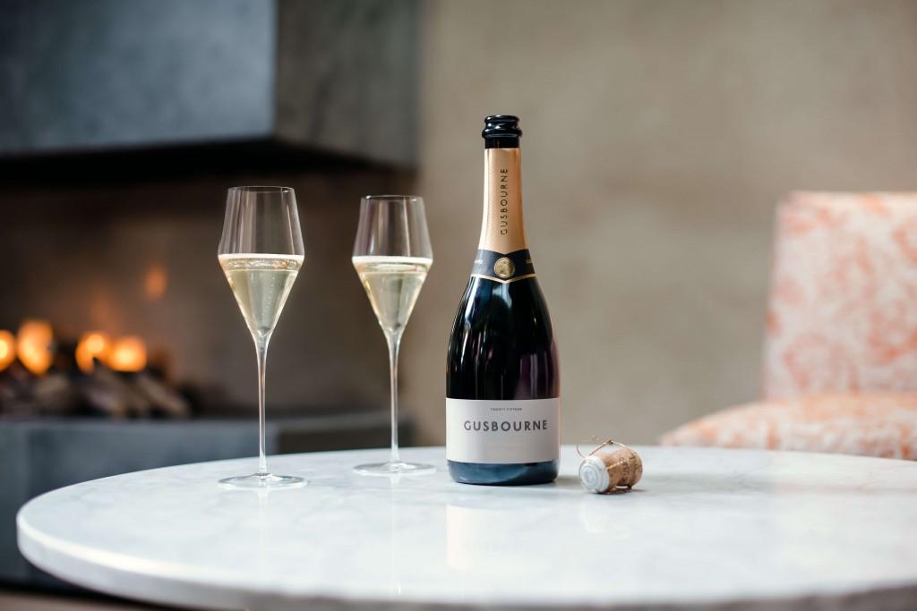 Gusbourne Brut Reserve 2015 wine